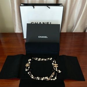 ***SOLD*** CHANEL Classic Long CC Pearl Necklace